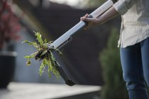 Fiskars_Garden_Action_Light_Weedpuller(13)