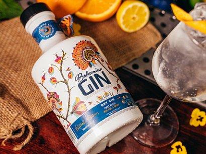 Bohémský gin zčeské louky