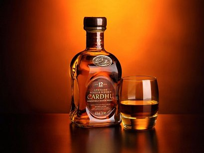 Skotsko a skvělou whisky si můžete užít po celý rok